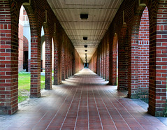 University of Louisiana-Lafayette (edwardleger) Tags: brick campus louisiana university lafayette arch walk fame edward 2007 leger 10faves goldenmix mywinners aplusphoto edwardleger edwardnleger