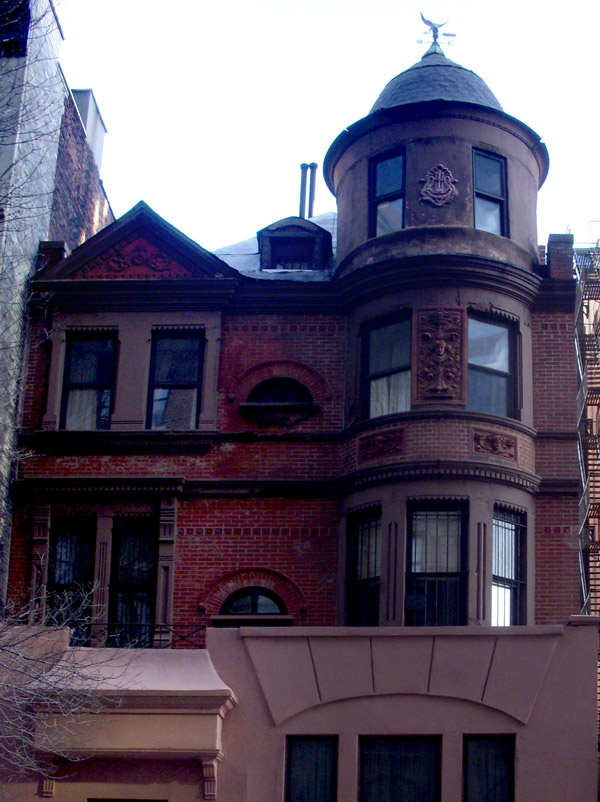 Brownstone W 100th