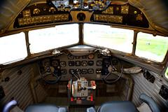 Douglas DC-3 Cockpit (Rafael Peixe) Tags: airplane avião douglas dc3 douglasdc3 varig portoalegre sbpa aeroportosalgadofilho salgadofilhoairport airplanepanel painel americanairlanes riograndedosul plane planes propeller douglasaircraftcompany cockpit ppanu