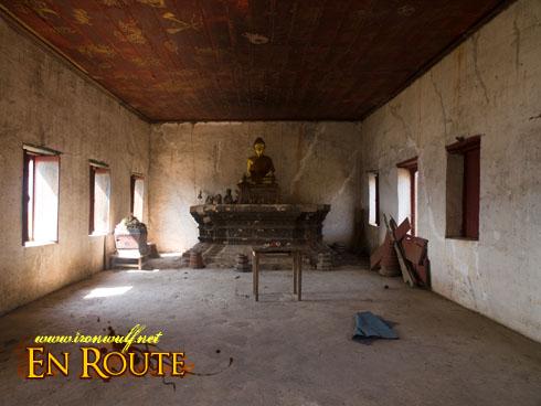 Wat Chom Phet Inside Temple Ruin