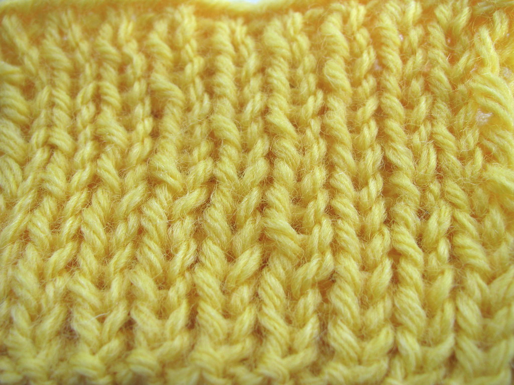 Difference Between Knit Stitch And Purl : Davin made: The difference between a Knit stitch and a Twisted Knit Stitch