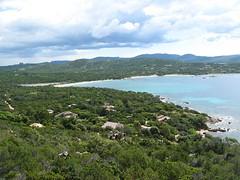 Anse et plage de Chevanu depuis le sentier intérieur des Bruzzi