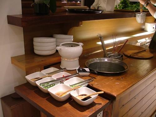 醬料有緩慢肉醬高湯是昆布高湯