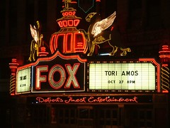 Close up of Historic Fox Theater sign in Downtown Detroit (DetroitDerek Photography ( ALL RIGHTS RESERVED )) Tags: show red music sign concert october theater downtown neon crane michigan live detroit performance lion icon historic explore fox woodward venue tori 1928 amos 2007 313 damncool