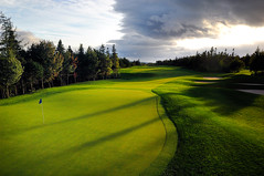 Bell Bay 18th (gallow_chris) Tags: morning light sunset green beauty sport golf pin novascotia hole flag bunker capebreton 18 tee bunkers bellbay chrisgallow chrisgallow bellbaygolfclub