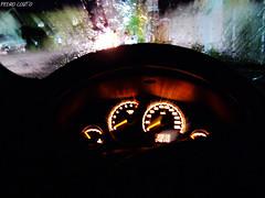 Click no carro (pedrocoutofoto) Tags: chuva carro velocidade painel ponteiros clicknocarro