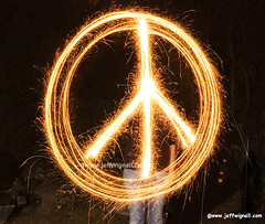 Peace Sign with Sparklers: 58,500 views (Jeff Wignall) Tags: nightphotography light lightpainting night war icons peace fireworks illumination ct paz sparklers timeexposure antiwar symbols peacesign southport fairfield shutterspeed lightsinmotion wignall
