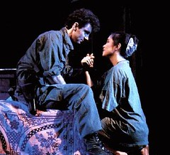 Lea Salonga, with Simon Bowman, in Miss Saigon. (09/1989)