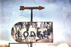Traveled Out (twbphotos) Tags: newmexico sign neon file lodge weathered arrow traveler torc terrybell twbphotos