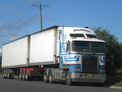 Griffin Kenworth K108 (KW BOY) Tags: tractor truck prime cab transport over australian semi lorry rig service express trailer griffin coe haulin mover trucking kw kenworth aerodyne k108