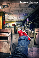 [all star] at work @ 23:30 (Omar Junior) Tags: red white fish texture branco geotagged star shoes all pentax d wide ct vermelho tenis online junior grupo omar ist allstar texturas pentaxistd specialty rbs multimidia vazio redacao as geo:lat=30048939 geo:lon=51217972 ctasspecialtyvermelho