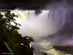 Cataratas del Iguaz 017 / Iguassu Falls 017 (Claudio.Ar) Tags: naturaleza nature water argentina beautiful beauty landscape topf50 agua rainforest sony selva paisaje 100v10f soe dsc belleza h9 iguassufalls allthebest blueribbonwinner cataratasdeliguaz ph039 flickrsbest p