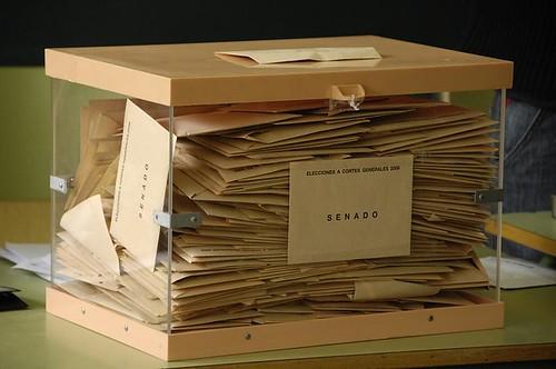 Las urnas volverán a recibir los votos de los espinariegos. Foto Pedro Merino