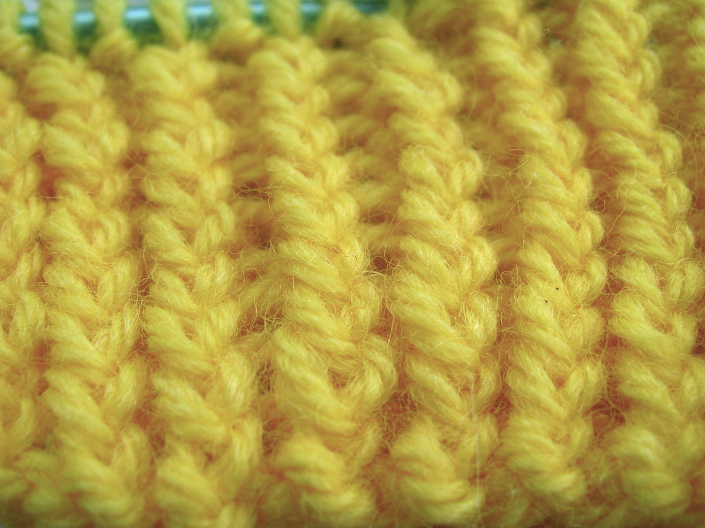 What Is The Difference Between Knit Stitch And Purl Stitch : Davin made: The difference between a Knit stitch and a Twisted Knit Stitch