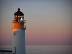 Last light (lev) Tags: pink light sunset sea lighthouse scotland horizon east minch westernisles isleoflewis hebrides gloaming tiumpanlighthouse rubhaantsimpain