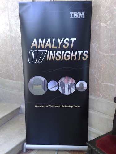 analysts insights