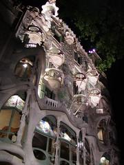 House of Bones close-up (guido z) Tags: barcelona spain gaudi casabatll