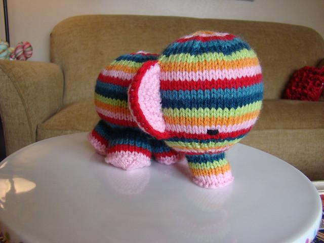 Vaak Create, love and give (away): Leuke patronen voor knuffels! &IP35