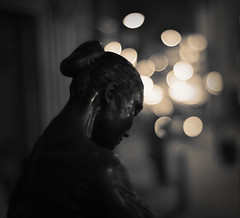 a love that will never die (futureancient) Tags: sepia 50mm emotion bokeh rangefinder canonf095 leicam8 futureancient statueshavefeelingstoo