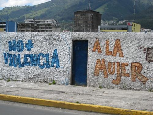 Quito Graf 06 por Pound for Pound.