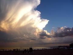 Villa Gesell-Atardecer- (agatadeargentina) Tags: argentina atardecer muelle mar playa cielo nubes nube villagesell miargentina