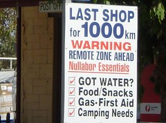 Last shop for 1000km (tm-tm) Tags: sign australia signage southaustralia nullarbor oceania