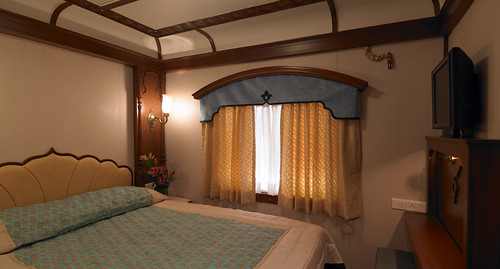 Golden Chariot suite - double