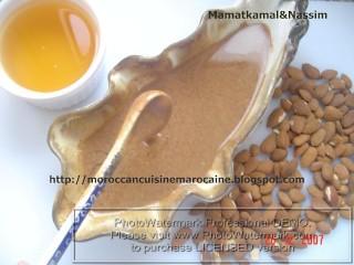 How to make Amlou and What is Amlou ? / Comment préparer Amlou et cest quoi Amlou? Amlou de la région de Souss-Sud du Maroc (Pâte à tartiner à base dhuile Argan)