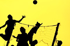 loncat (Farl) Tags: travel bali net sports colors silhouette yellow ball indonesia gold jump afternoon shadows play action volleyball players presunset canggu tibubeneng banyupinaruh
