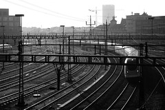 Out of Winterthur (Markus Moning) Tags: railroad blackandwhite bw white black station train schweiz switzerland track suisse swiss tracks rail railway zug bahnhof sbb rails sw 500 schwarzweiss canoneos350d weiss traintrack schwarz gleise railroads intercity tilting geleise moning winterthur gleis icn 123bw neigezug markusmoning rabde