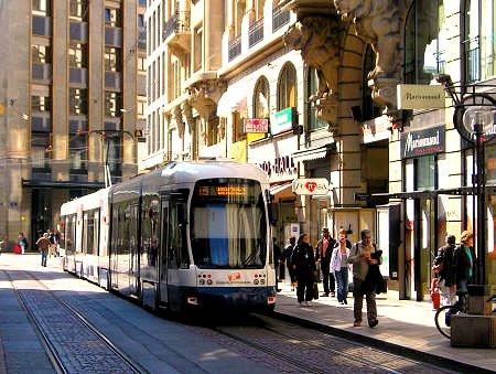 light rail in Geneva (by: me)