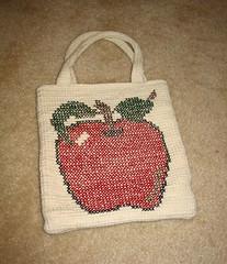 apple_tote (caminlaca) Tags: apple crossstitch crochet tote tunisian knittinghelpfo