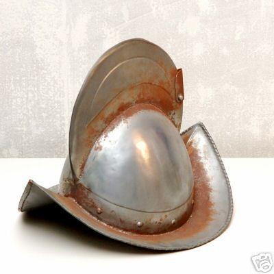 casco de conquistador