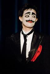 Eduardo y Mariana-SEK_7314.jpg (Mtempsycose) Tags: clown tangoshow unescoworldheritagelist dancetheater tangotheater eduardoymariana marianaflores patrimoineculturelimmatrieldelhumanittangounesco representativelistoftheintangibleculturalheritageofhumanity