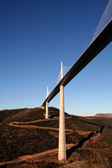 Viaduc de Millau (givikat) Tags: world nov trip travel blue light test france art film me oneaday canon fun eos 350d book design photo blog lomo lca bravo media experimental power expo kodak lumire album toycamera style scan dec fave route international exposition pont pro session chance mode nantes allrightsreserved argentique pictureaday millau viaduc gildas lumineux presse cration durable pellicule contemporain paysdelaloire loireatlantique journalisme supershot esthtique maquaire serpentin artlibre eventoblog scopic gmprod scopict