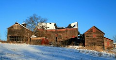 Central AC (MBH Pa) Tags: winter abandoned nature farmhouse digital rural canon pennsylvania decay farm barns oldhouse canonrebel pictureperfect oldfarmhouse goldenglobe farmhouses forkstownship supershot bestlandscape 18040 flickrsbest northamptoncounty xti canonrebelxti farmimages bestnature aplusphoto bestlandscapes superbmasterpiece brillianteyejewel betterthangood theperfectphotographer unlimitedphotos unlimtedphotos ilovemypics spiritofphotography spiritofphotograpy thebestscenery