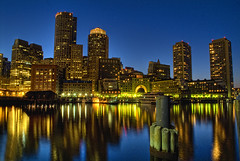 Rowes Wharf_HDR (Dennis Perry) Tags: topf25 boston skyline 1025fav waterfront explore hdr afterdark roweswharf photomatix ci33 impressedbeauty platinumheartaward elitephotography absolutelystunningscapes skyascanvas thegalleryoffinephotography
