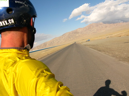 Smooth downhill with awesome tailwind near Santai, Xinjiang Province, China