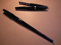 Pilot Deskpen, Pilot Elite and Parker 45 ballpoint pen