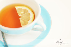 Lemon tea (dhmig) Tags: blue stilllife closeup backlight relax 50mm lemon nikon break tea liquid pasteltones sliceoflemon tealemon nikond7000 dhmig dhmigphotography
