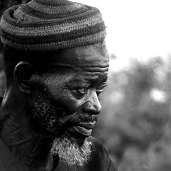 """Le vieux"" - Mali Village Elderly Man (Osvaldo_Zoom) Tags: africa old portrait man elderly mali ethnic vieux bwemotions passionphotography platinumphoto flickrchallengewinner excellentphotographerawards ljomi"
