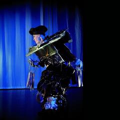 MARLEY | Katrin Schyns (loehr_ralf (JUNGTIER)) Tags: xmas november art gabriel weihnachten theater frankfurt stage 9 charles barbara helen vip fernando actor dickens ensemble schwarz weihnacht spagna katrin fernandez eine wilfried 1843 bühne raija weihnachtsgeschichte körte schyns fiebig siikavirta e9n