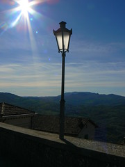 san marino - lampione (Italian Bongo) Tags: sanmarino lampione pisasocialevent