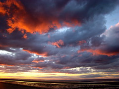(Joanna Vaughan) Tags: pink sky beach beautiful clouds capecod cape brewster cod coolclouds coolsky