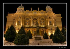 The Slowacki Theatre in Cracow at Night (Mariusz Petelicki) Tags: night theatre poland polska krakw cracow soe hdr noc teatr sowacki abigfave canon400d aplusphoto theperfectphotographer mariuszpetelicki