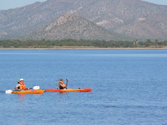 Kayakers in front of the Inn at Loreto Bay (loretosailing.com) Tags: mexico loreto nopolo innatloretobay loretobay villagesofloretobay loretobaybaja loretobaybajamexico