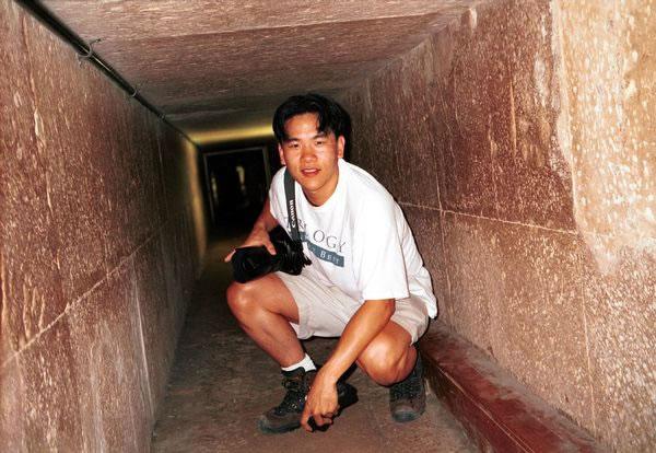 pyramidpassage2_jpg
