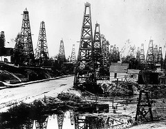 Belmont_Oilfield-730144