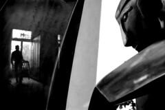 il dio ascolta (euzesio (seldom here)) Tags: statue surreal mainz silhuette wowiekazowie hourofthediamondlight obliquemind obliquamente clevercreativecaptures