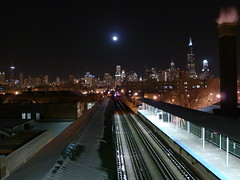 Ashland Green Line 1-24-2008 (SquidRNA) Tags: snow chicago skyline night l